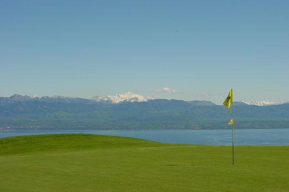 Un golf 18 trous